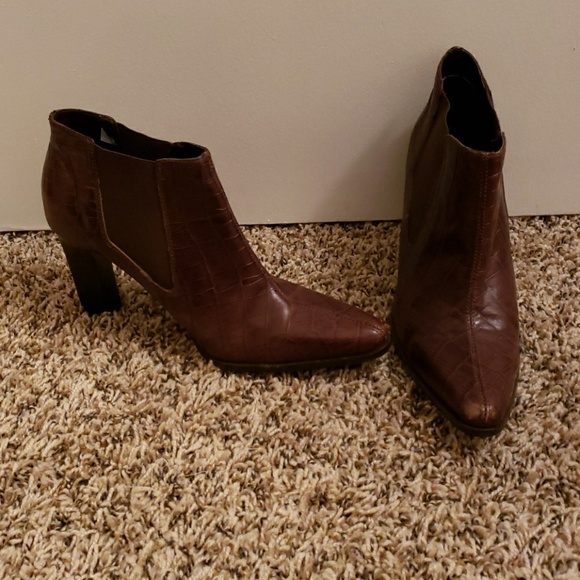 Arezzo Shoes - Ankle Boots